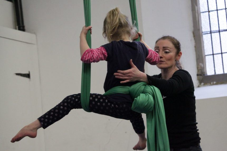 Circus Minis (Early Years Classes)
